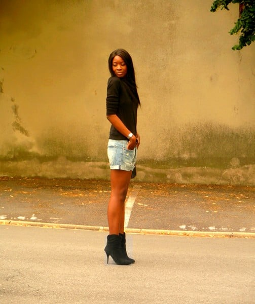 http://stylesbyassitan.blogspot.fr/2012/08/look-pour-temps-mi-figue-mi-raisin.html