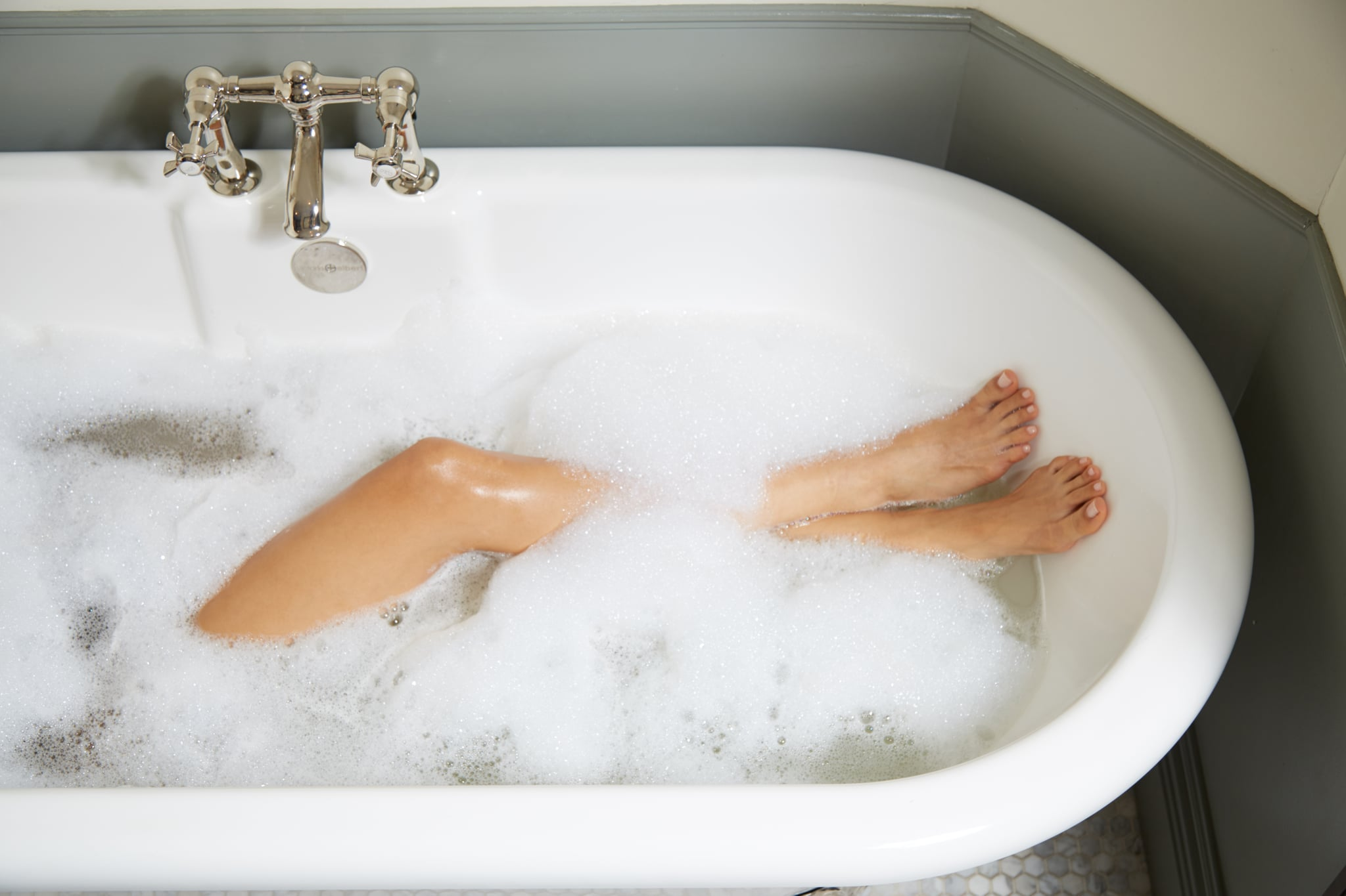 8 Ways to Take Care of Your Feet After a Run