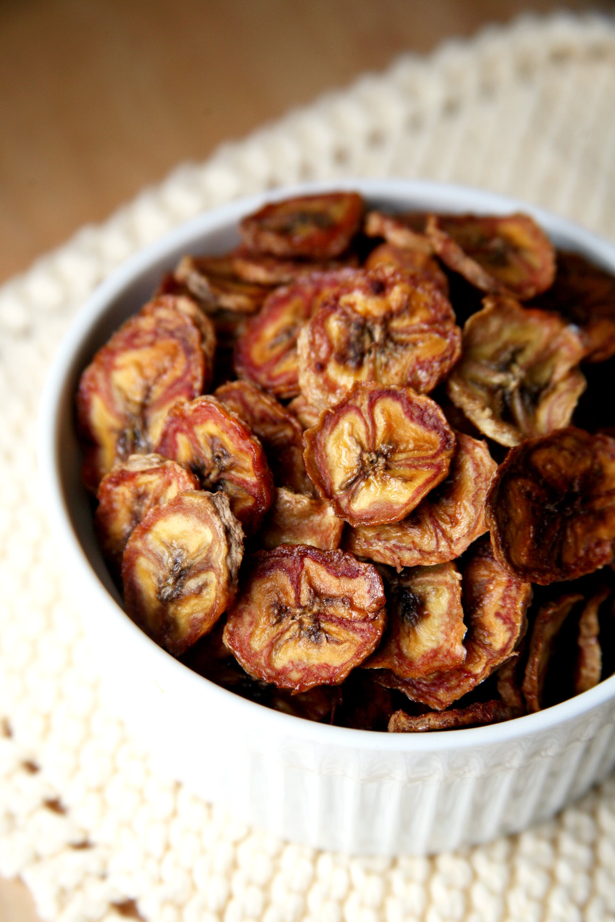 Baked Cinnamon Banana Chips