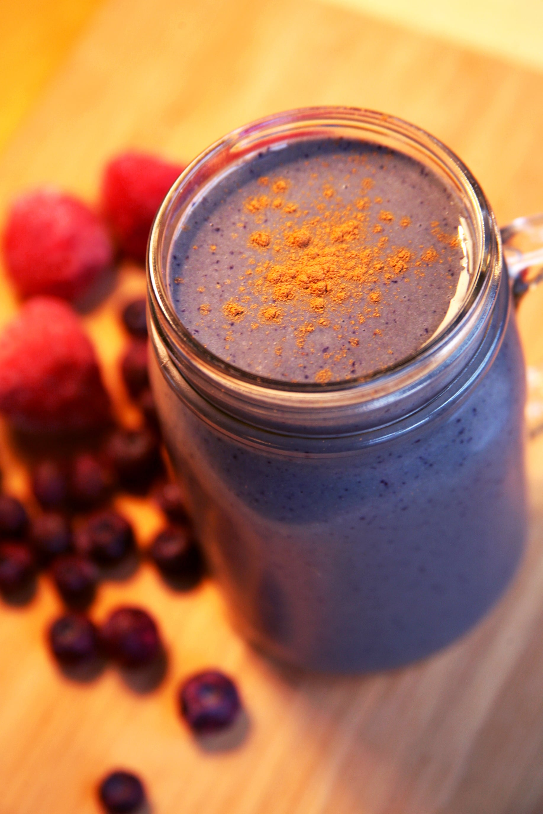 A Low-Sugar Smoothie That Actually Tastes Sweet